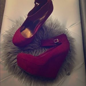 Red rouge heels